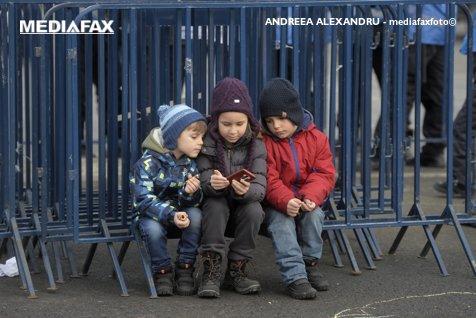 """Guvernul a aprobat înfiinţarea """"Avocatului Copilului"""""""