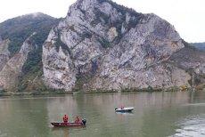 Decizie absurdă a sârbilor care au găsit cadavrul femeii din maşina care a căzut în Dunăre. Familia este în stare de şoc