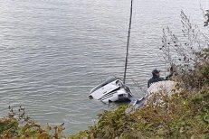 Trupul fetiţei de 3 ani din maşina căzută în Dunăre a fost găsit. La câţi kilometri de locul tragediei a fost descoperit
