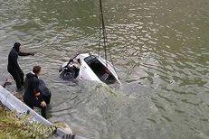 A fost găsit şi băiatul de 22 ani din maşina căzută în Dunăre: trupul lui plutea pe apă pe malul sârbesc al fluviului