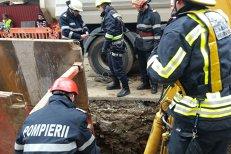 Comisie de anchetă la Ministerul Transporturilor după ce trei muncitori au fost prinşi sub un mal de pământ