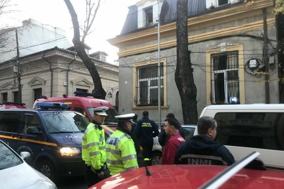 ISU, despre intervenţia la casa Stelei Popescu: Apelul la 112 anunţa un caz cu probleme respiratorii. Când au ajuns ambulanţele era deja decedată