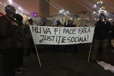 Aproape 15.000 de români au protestat în Bucureşti. Zeci de mii de oameni au ieşit în stradă în oraşele din ţară şi străinătate