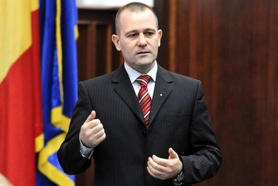 Comisia SRI cere, oficial, DEMISIA generalului Dumitru Dumbravă. UPDATE
