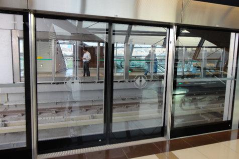 Ministrul Transporturilor ia o decizie importantă după crima de la Dristor 1: La metrou, pe peron, vor fi paravane din sticlă incasabilă pentru protecţia călătorilor