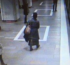 VIDEO. Panică la metrou. Două femei au reclamat astăzi că au fost ameninţate. Ce ştiu până acum anchetatorii despre suspectă. UPDATE