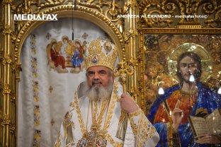 Patriarhul Daniel oficiază slujba de înmormântare a Regelui Mihai