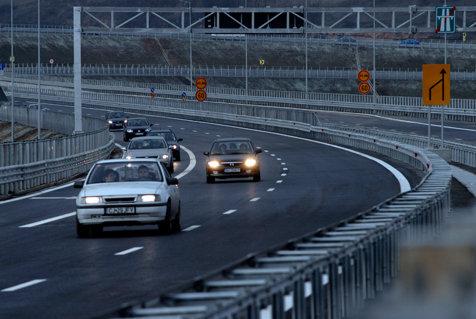 Trafic îngreunat pe A3, din cauza ploii. Avertismentul poliţiştilor pentru şoferi