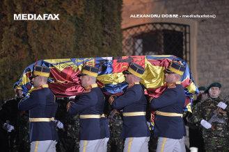GAFĂ IMPARDONABILĂ a celei mai mari televiziuni de limba germană din Elveţia: Fotografia cu care a ilustrat ştirea despre funeraliile Regelui Mihai I