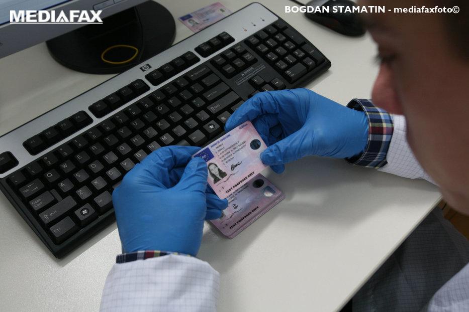 Ce persoane vor obţine mai greu permisul de conducere de la 1 ianuarie: Totul se face pentru siguranţa participanţilor la trafic