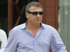 """Victor Becali, eliberat condiţionat. Decizia este definitivă: """"Timpul va demonstra"""""""