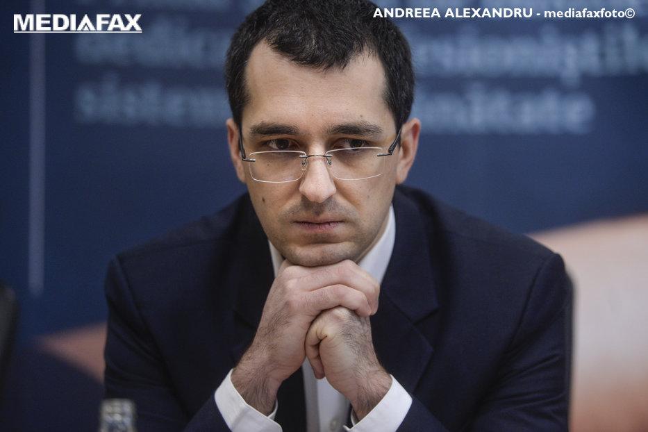 """Cum şi-ar fi asigurat medicul Lucan protecţia din partea Ministerului Sănătăţii. Acuzaţiile lui Vlad Voiculescu: """"Se ştia foarte clar care sunt instrucţiunile"""""""