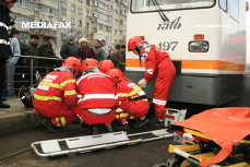 Un bărbat a fost călcat de tramvai în Bucureşti. ISU a anunţat că a murit. Surpriza pe care au avut-o medicii care l-au primit la spitalul Bagdasar Arseni