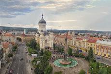 Gest deosebit al Arhiepiscopiei Vadului, Feleacului şi Clujului pentru ÎPS Bartolomeu Anania şi episcopul Nicolae Ivan
