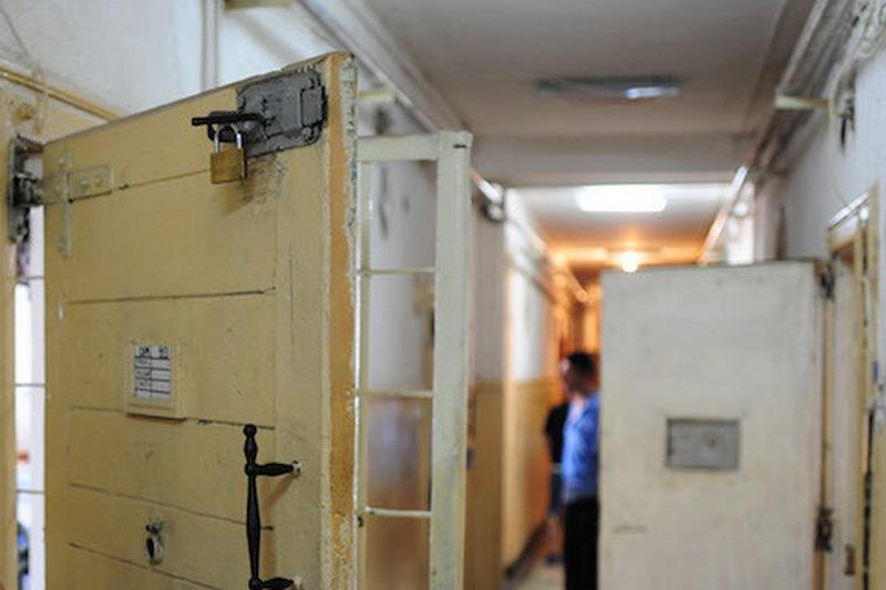 Acuzaţii grave la Penitenciarul Rahova. Directorul Spitalului, ridicat pentru audieri
