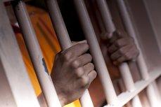 Poliţiştii l-au oprit în trafic pe un angajat al Penitenciarului Poarta Albă. Descoperirea incredibilă pe care au făcut-o atunci când au deschis portbagajul maşinii