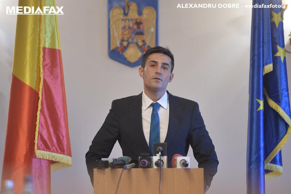 Luna audierilor la Comisia SRI. Când vor răspunde la întrebări Tăriceanu, Băsescu, Coldea şi Maior