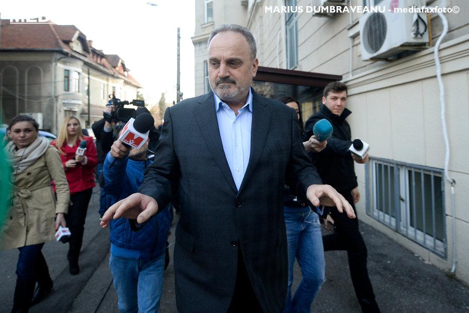 """""""Pericolul infracţional, vătămător la nivelul întregii societăţi"""" pentru care fostul ministru Gabriel Sandu rămâne în închisoare"""