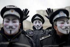 Câţi bani pierd poliţiştii pentru că luna februarie are doar 28 de zile