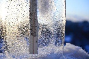 Coduri PORTOCALII şi GALBENE de ger şi ninsori în peste jumătate de ţară. Zonele în care temperaturile vor ajunge la minus 22 grade Celsius. HARTA ANM