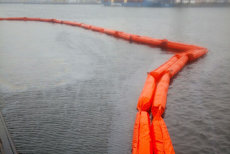 Confiscat de Garda de Coastă, un fost pescador turcesc s-a scufundat în Portul Constanţa