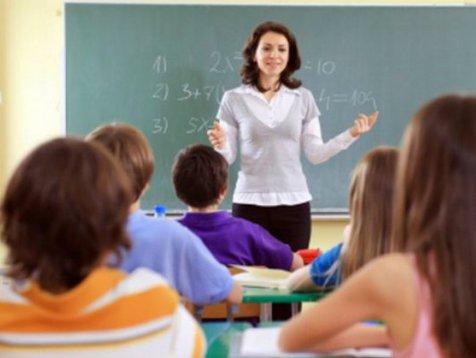 Şcolile din judeţele Giugiu şi Dolj vor fi închise luni şi marţi. Şi elevii din Constanţa vor sta acasă luni