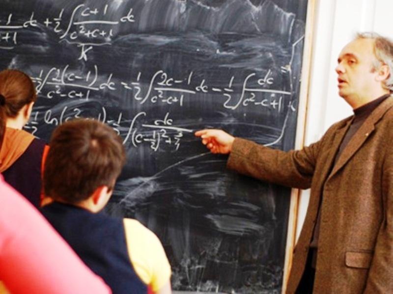 Profesorii din 1.100 şcoli anunţă boicotarea simulării examenului de evaluare naţională. Reacţia Ministerului Educaţiei