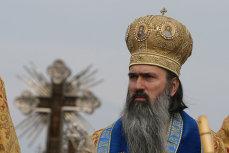 Arhiepiscopul Tomisului, trimis în judecată de DNA pentru mai multe fapte de corupţie
