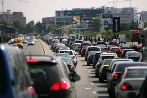 Studiu: Cine sunt românii care şi-au cumpărat cele mai multe maşini în 2017