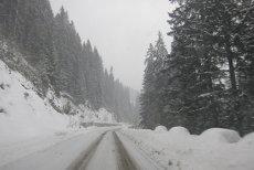 Zona în care a revenit zăpada: Poliţia anunţă circulaţie în condiţii de iarnă pe un important drum din România