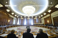CCR a admis parţial sesizarea privind superimunitatea judecătorilor Curţii. Aceştia vor putea fi arestaţi doar cu votul a două treimi dintre colegii lor