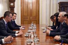 După o întâlnire cu şeful PSD, ministrul ungar de externe susţine că situaţia Liceului Romano-Catolic din Târgu Mureş se va rezolva: Mi-a promis Dragnea