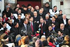 DNA a cerut câte şapte ani de închisoare pentru doi lideri importanţi ai PSD