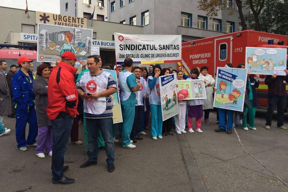 Sindicatul Sanitas anunţă că e gata să intre în grevă generală: Sunt scăderi uriaşe de venituri