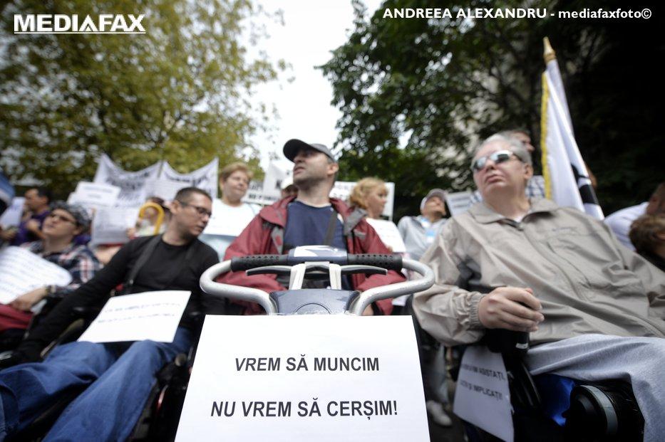 Cei 700.000 de români pe care i-a uitat şi statul. Realitatea dramatică, ignorată la cel mai înalt nivel