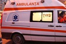 Un microbuz în care erau 14 copii, implicat într-un accident