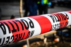 Un tânăr şi-a ucis soţia şi a vrut să se sinucidă cu un cuţit, după care a intrat cu maşina într-un stâlp