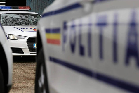 A fost prins un suspect în cazul tinerei de 17 ani bătută şi agresată sexual în scara blocului