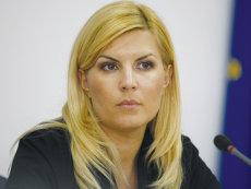 Elena Udrea scapă de sechestrul pe avere, în dosarul privind finanţarea campaniei electorale din 2009