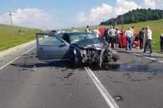 Accident grav pe DN1. Trei morţi şi trei răniţi după ce două maşini s-au ciocnit VIDEO