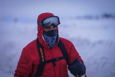 Tibi Uşeriu a luat startul în Ultramaratonul Everestului
