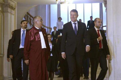 Augustin Zegrean: CCR trebuia să-i dea lui Iohannis un termen