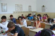Vineri este ultima zi de şcoală pentru absolvenţii clasei a VIII-a