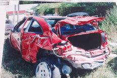 După ce a scăpat cu viaţă din accident, un şofer din Gorj, obligat să împrumute bani pentru expertiza tehnică. De mai bine de un an poliţia spune că nu are bani