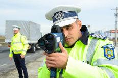 """Poliţiştii rutieri, către Iohannis: Să nu promulgati această lege sau să atacaţi acest """"pariu cu viaţa cetăţenilor"""" la CCR"""