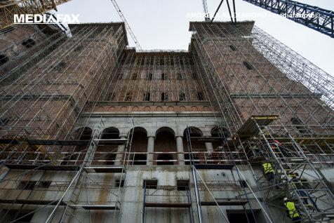 Primăria mai dă 10 milioane de lei pentru Catedrala Mântuirii Neamului. Numai în 2018, a cheltuit 14 MILIOANE DE EURO cu bisericile din Bucureşti
