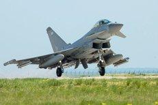 Avioane britanice, trimise din România pentru interceptarea unui bombardier rus deasupra Mării Negre