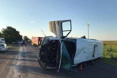 Şoferul care a fugit după ce a produs accidentul cu 12 răniţi, în Buzău, a fost reţinut