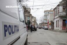 Cel puţin 39 de criminali UMBLĂ LIBERI printre noi. Cel mai vechi dosar cu AUTOR NECUNOSCUT din Bucureşti e din 1979