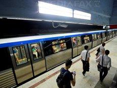 Am ajuns ca un salariat să alerge în trei staţii. Sindicaliştii din Metrou protestează la Ministerul Transporturilor şi acuză riscuri în siguranţa circulaţiei